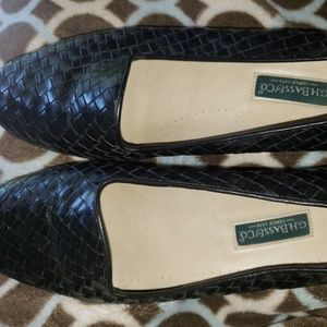 CH BASS &CO BLACK LOAFERS SIZE 9 1/2 N